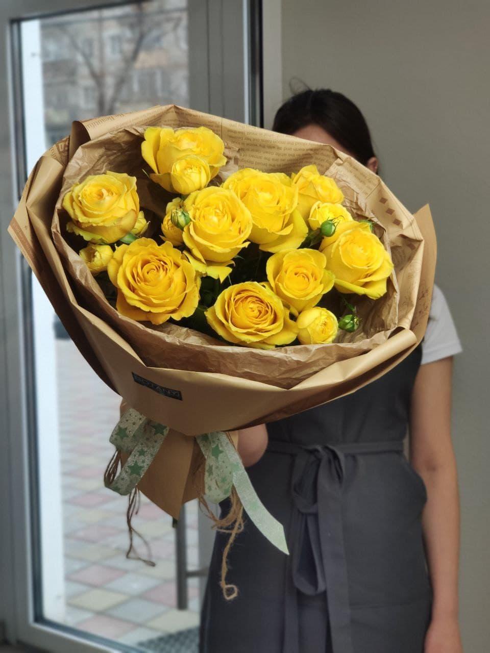 Монобукет из розы №8750