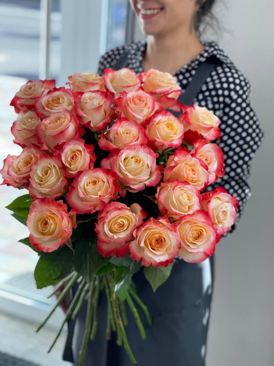 Букет из розы «CABARET» 25 штук