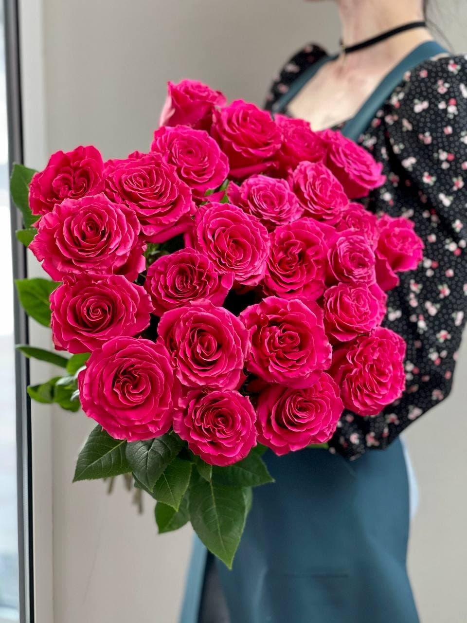 Монобукет из розы «FULL MONTY» 25 штук